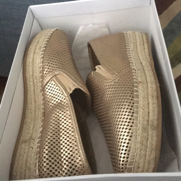51eb182a43f Steve Madden Gold Leather Wright Espadrilles